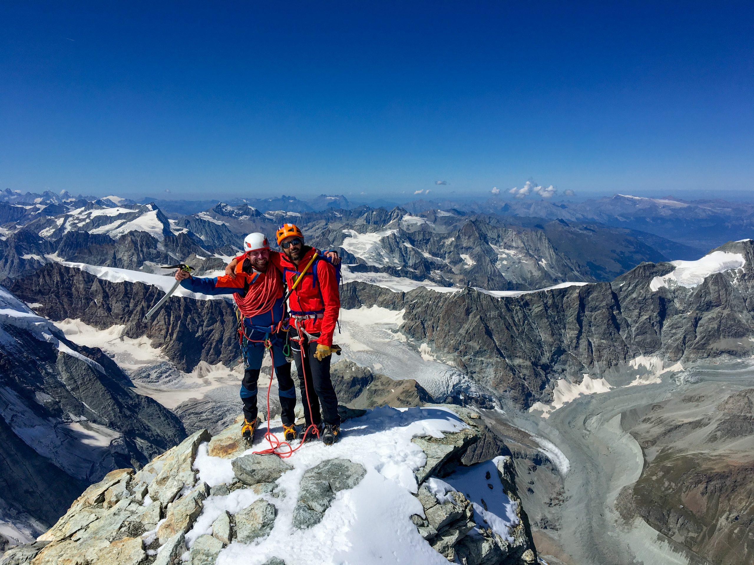 Selfie di vetta sulla cima del Matterhorn